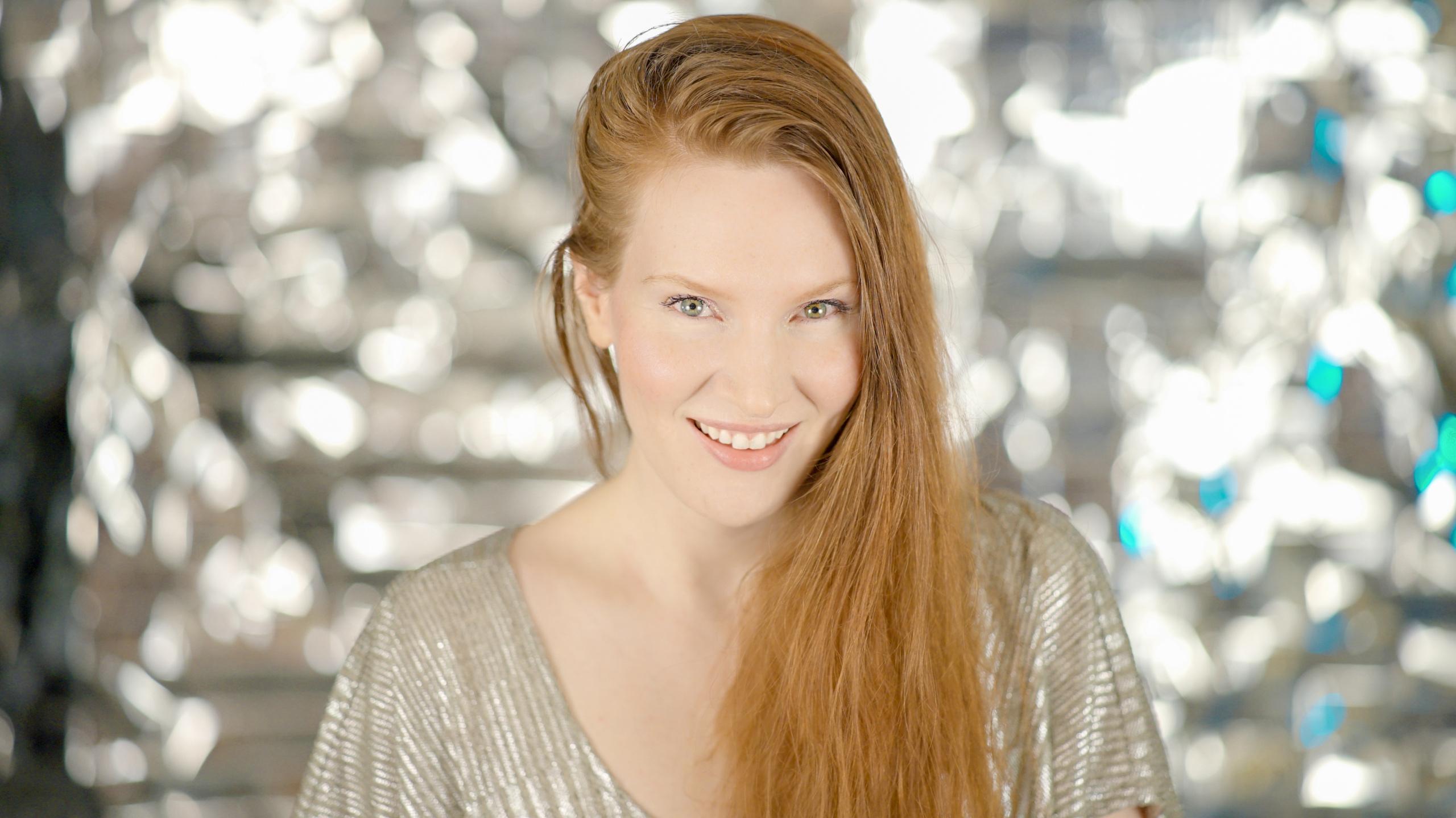 Mara Katria - Musician Filmmaker - Portrait